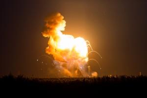 Lansarea capsulei Cygnus: Posibilul motiv al exploziei rachetei Antares (foto:venturebeat.com)