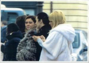 Cine a fotografiat-o pe elena udrea la Paris ?