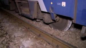 Tren deraiat în Caraş-Severin. Calea ferată, distrusă.