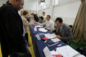 ora 13,00 - au votat 20,78% din alegători