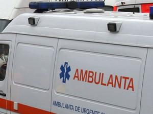 Bacău: Accident rutier grav – 11 răniți după răsturnarea unui microbuz (foto:debanat.ro)