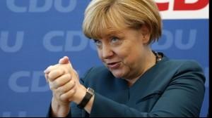 Angela Merkel îl susține pe Klaus Iohannis.