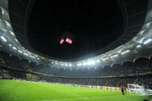 Meciul România - Irlanda de Nord, disputat cu acoperișul închis.