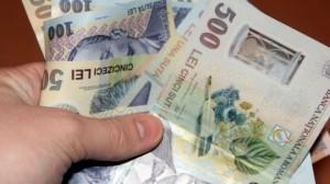 Cu cât ar putea crește salariul de bază minim brut, în 2015.