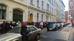 Vot în diaspora. Mii de români, la coadă