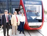 """Tramvaiul """"Imperio"""" produs la Arad, sub o licenţă germana, îşi propune să cucerească în următorii ani străzile cât mai multor oraşe din România."""