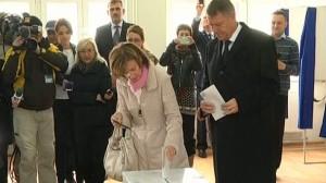 ALEGERI PREZIDENȚIALE 2014: Klaus Iohannis a votat