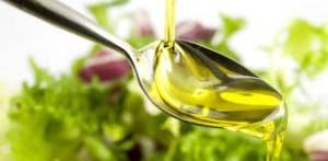 De ce să consumăm patru linguriţe de ulei de măsline pe zi