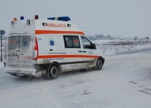 Argeș - accident rutier: Patru persoane rănite după ce un microbuz s-a răsturnat