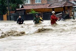 CODUL PORTOCALIU de inundaţii, menţinut.