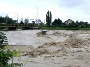 Avertizare INHGA: Cod portoclaiu de inundații. Vezi unde și până când! (foto:agri-news.ro)