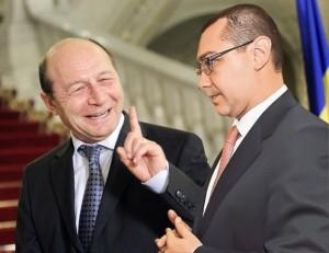 Băsescu contraatacă: Ponta, un bolovan de piciorul României.