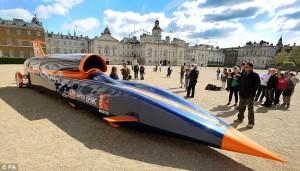 Automobilul supersonic Bloodhound