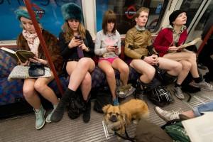 Metrorex nu şi-a dat acordul pentru evenimentul No Pants Subway Ride (Fără pantaloni la metrou)