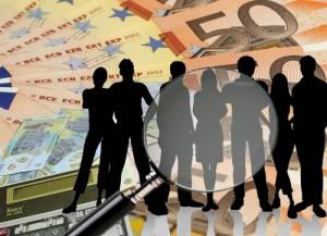 Aproape 180 de români au averi de minim 30 milioane de dolari