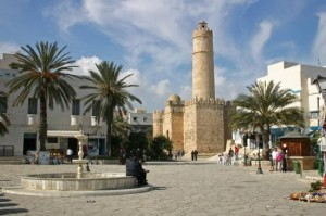 atentat hoteluri tunisia morti