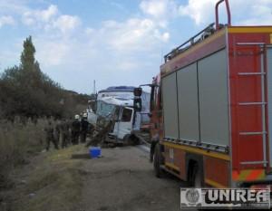 accident-mortal-DN1-autocar-militar-Teius-1