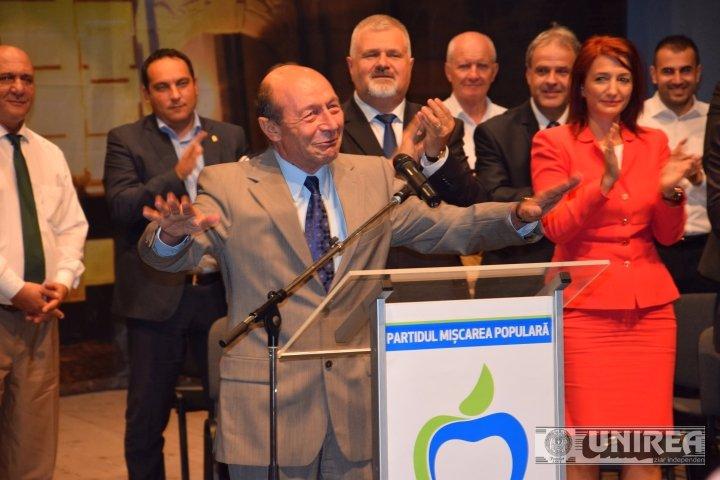 Traian Băsescu, declaraţii incendiare după înscrierea în PMP
