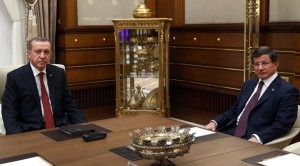 pm-davutoglu-returns-mandate-to-form-government-to-president-erdogan