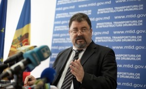 ministrul moldovean al Apărării Anatol Salaru