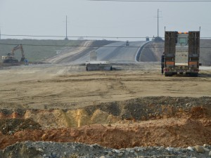 Lucrari la fundatia autostrazii, km32
