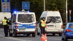 Revista presei. Austria a suspendat acordul Schengen
