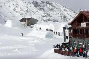 balea lac ice hotel telecabina