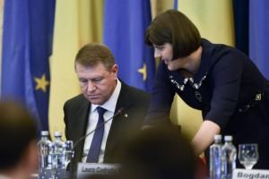 Presedintele Romaniei, Klaus Iohannis, si procurorul sef al Directiei Nationale Anticoruptie, Laura Codruta Kovesi,