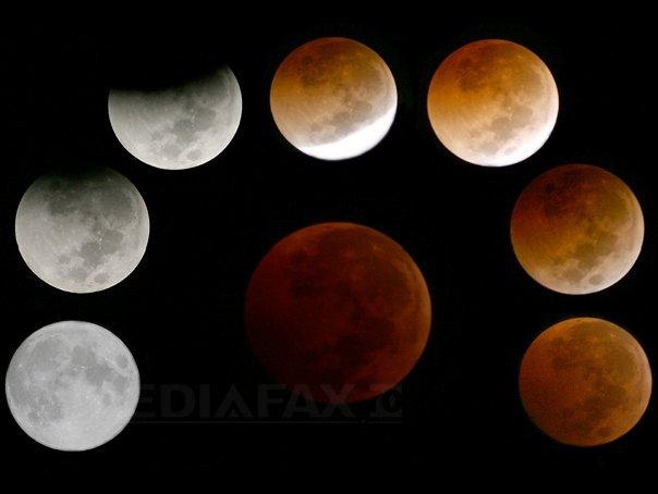 Eclipsă totală de Lună, vizibilă luni dimineaţă în România (video live)