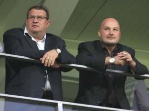 Iuliu Muresan (S), presedintele clubului CFR Cluj si omul de afaceri Arpad Paszkany (D)