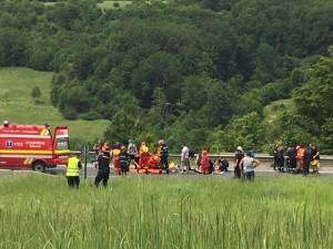 accident-persani-4-morti-si-22-copii-raniti