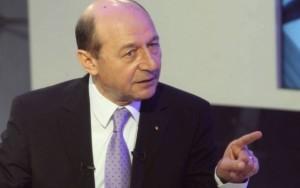 Băsescu: Este atmosferă de război hibrid politica interna