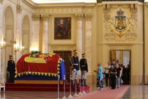 regina ana sala tronului funeralii