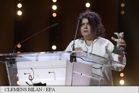 """BERLINALA 2017 """"Ana, mon amour"""" – Ursul de Argint"""