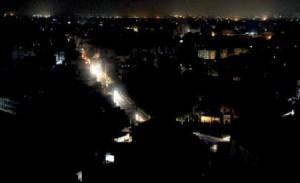 După cutremur, Bucureştiul a rămas în beznă social