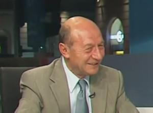 Băsescu: Iohannis merge în Parlament să şi bifeze victoria politica interna