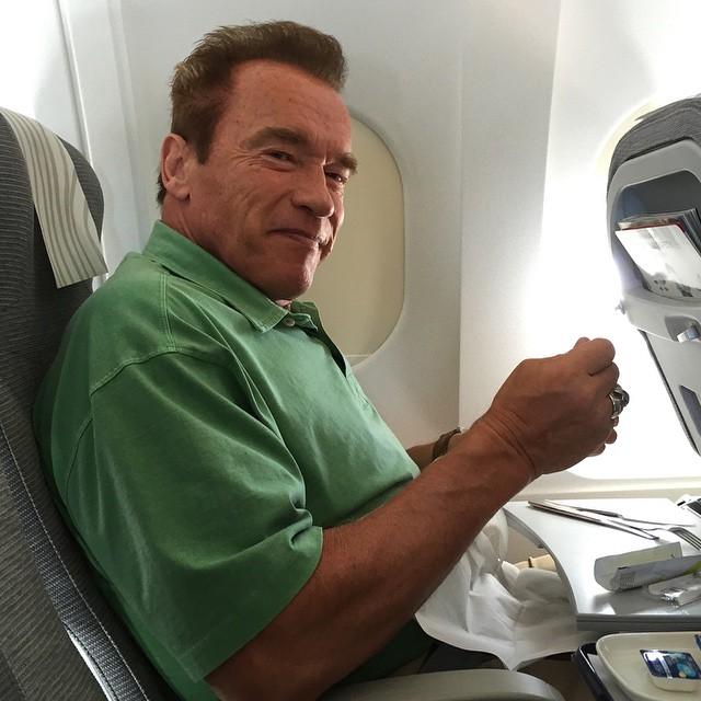 Schwarzenegger îl critică pe Trump