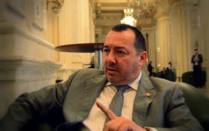 Deputatul Mitralieră a anunţat că se autosuspendă din PSD politica interna