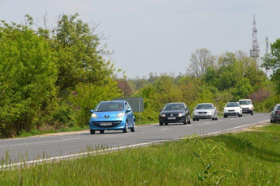 Circulație în coloană pe drum național