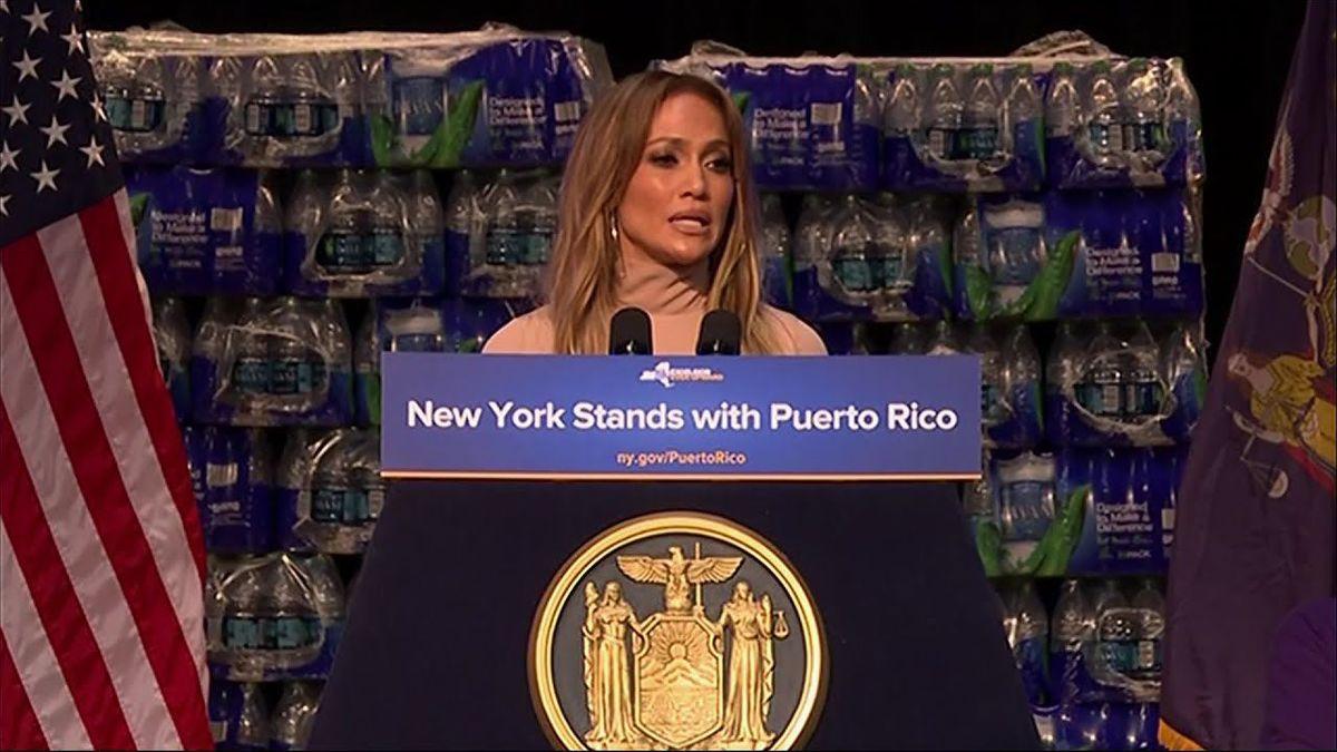 Jennifer Lopez donează 1 milion de dolari pentru reconstrucția insulei Puerto Rico